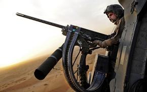 Picture desert, Machine gun, tape, helmet, shooter