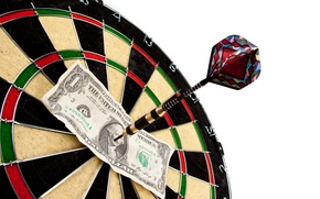 Picture note, dollar, dart target