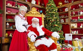 Picture tree, gifts, Santa Claus