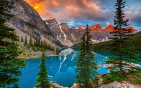 Picture trees, mountains, lake, reflection, Canada, Albert, Banff National Park, Alberta, Canada, Moraine Lake, Valley of ...