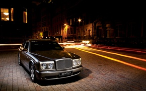 Picture night, the city, Bentley, Arnage