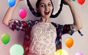 Picture girl, smile, balloons, bokeh, red lips