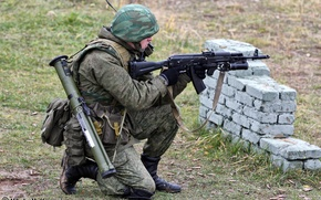 Picture forest, soldiers, camouflage, fighter, helmet, the shooting range, Russian