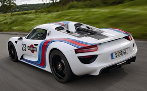 Picture road, white, background, Prototype, Porsche, Martini, supercar, Porsche, rear view, Spyder, 918, Prototype, Spider, Martini