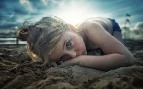 Picture sand, beach, girl