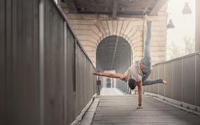 Picture athlete, exercise, James Eusebius