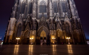 Picture night, the city, Gothic