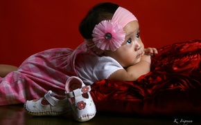 Wallpaper girl, pillow, headband, bow, baby, child, shoes