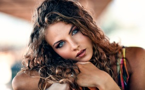 Picture look, sponge, the beauty, curls, Alessandro Di Cicco