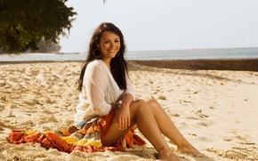 Picture sand, girl, smile, shore, skirt, actress, brunette, blouse, singer, Martine McCutcheon, Martine McCutcheon
