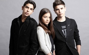 Picture girl, trio, vocals, cover versions, Angela Vazquez, Vazquez Sounds