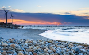 Picture The sky, Water, Sand, Clouds, Home, The ocean, Horizon, Shore, People, Stones, Windmills