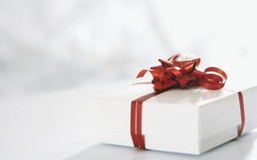 Wallpaper red, holiday, gift, ribbon, box, bow, white
