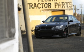 Picture black, the inscription, the building, bmw, BMW, black, front view, yellow, e60, building, yellow