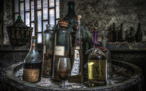 Picture glass, background, bottle