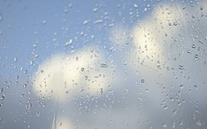 Picture the sky, glass, drops