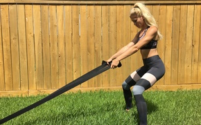 Picture blonde, workout, fitness, weight pull