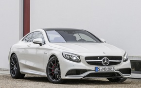 Picture Mercedes-Benz, AMG, S63