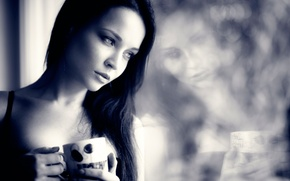 Picture reflection, portrait, Angelina Petrova, time for coffee