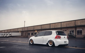 Picture white, golf, stance, mk5, Volkswagtn
