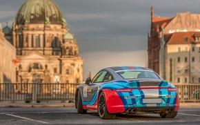 Picture the city, Porsche 911, Carrera 4S
