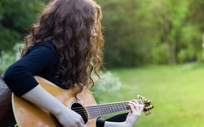 Picture guitar, girl, music