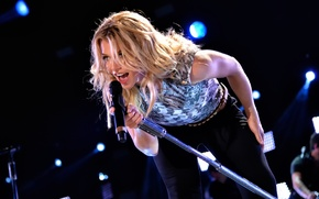 Picture microphone, country, Kimberly Perry, Kimberly Perry, CMA Festival