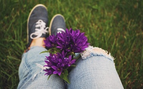 Picture flowers, sneakers, jeans