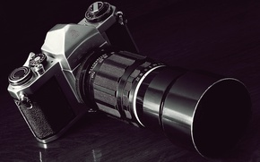 Picture reflection, the camera, mirror, the dark background, with a fixed focal length 200mm, Pentax SV, …