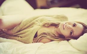 Picture smile, beauty, face, blonde, bed, lying, sweater