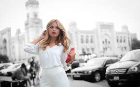 Picture girl, face, the city, background, street, clothing, hair, beauty