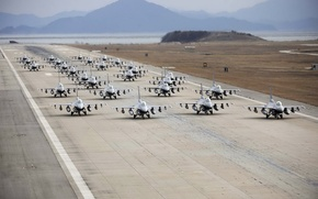 Picture weapons, the airfield, aircraft