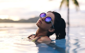 Picture girl, Palma, glasses, in the water, David Olkarny, Touched by the sun