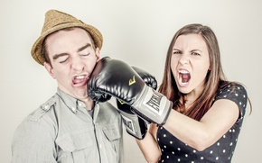 Picture girl, humor, Boxing, blow, gloves, guy, emotion