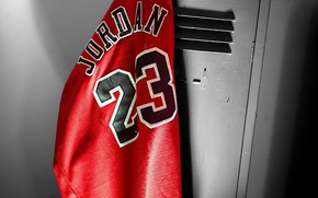 Picture Mike, t-shirt, basketball, locker room, michael jordan, chicago bulls, locker, Jordan