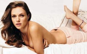 Picture sexy, brunette, shirtless, Tracy Spiridakos