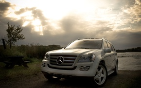 Wallpaper mercedes-benz, white, machine, the evening