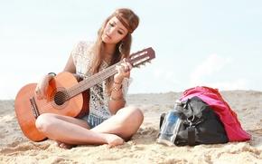 Picture sand, girl, guitar, vodka