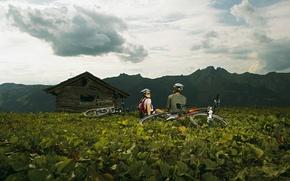 Picture mountains, nature, woman, male, bikes, sport. halt