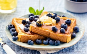 Picture berries, blueberries, bread, honey, toast, fried