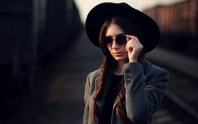 Picture girl, model, hat, braids, brown hair, sunshine, coat, beauty, Maks Kuzin, очкb