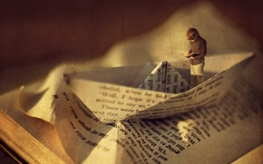 Picture style, boy, book, boat, installation