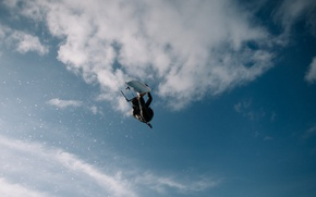 Picture sky, water, clouds, fly, air, action, adventure, recreation, water sports