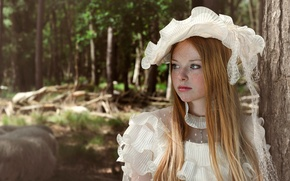Picture dress, girl, freckles, hat