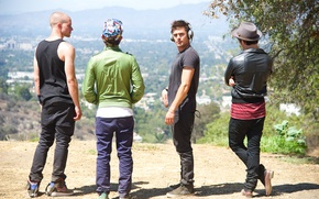 Picture music, headphones, guys, Zac Efron, Zac Efron, We Are Your Friends, 128 beats per minute