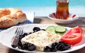 Picture tea, cheese, cucumber, tomatoes, olives, bun, tea, tomatoes, cheese, bun