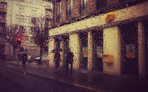 Picture city, glass, street, people, red light, drops, umbrellas, traffic light, raining, everyday life