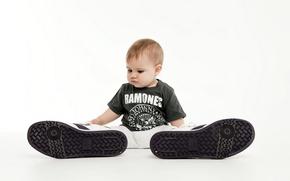 Picture boy, mood, shoes