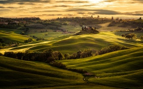 Picture the sky, clouds, light, field, Italy, Tuscany