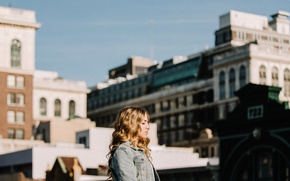Picture girl, the city, building, profile, curls